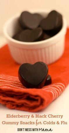 Elderberry & Black Cherry Gummy Fruit Snacks for Colds & Flu #glutenfree #naturalremedy - DontMesswithMama.com