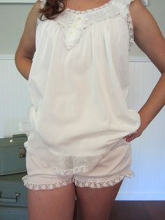 759d36f81c8f 50 s Vintage Nightgown Lingerie 1950 s white babydoll nightgown sleepwear  set Sleepwear Sets, Vintage Nightgown,