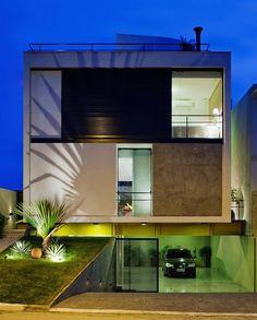 São Paulo, Brazil, single family property designed by Flavio Castro