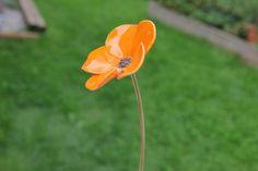 Blume aus Keramik, Blumenskulptur, orange