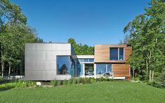 Anschluss an die Moderne: Modernes Haus verfügt über miteinander verbundene Ebenen und Zimmer