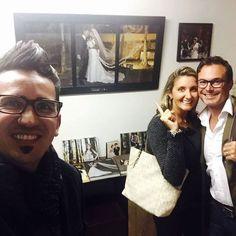 Em primeira mão a janela/quadro dos queridos noivos Renata e Alexandre! Foi um prazer registrar o grande dia desse casal!#casal #wedding #sustentabilidade #reciclagem #janela #quadro #amor #love #bride #espacogap #studiofotografico #sessaodefotos #fotodecasal #fotodeamor #casando #sayido #bride #bridal #moacirgoisfotografia #studiomgfotos #gratidaoadeus #digasimaassessoria by moacirgois http://ift.tt/1TrxYsE
