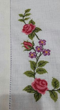 Crewel Embroidery, Embroidery Patterns, Cross Stitch Patterns, Cross Stitch Rose, Cross Stitch Flowers, Embroidered Bag, Crochet Flowers, Hand Stitching, Floral