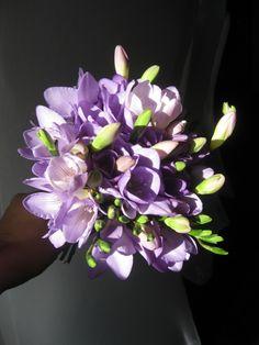 Lilac freesia bouquet