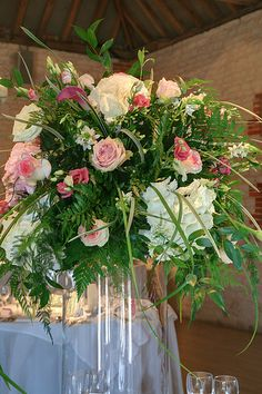 Wedding Flowers - Table Decoration - http://herbigday.net/wedding-flowers-table-decoration-15/