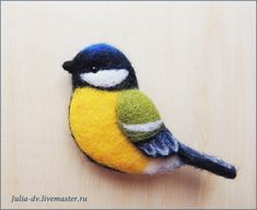 Купить Птичка Синичка брошь валяная зимняя войлочная шерстяная - желтый, синица, брошь птичка