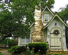 English Country Cottages | HUGH COMSTOCK – BUILDER OF DREAMS | Once upon a time..Tales from ...