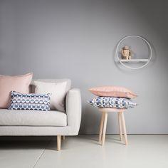 Hakola Cosy sofa, Design Annaleena Hämäläinen. Hakola Lempi shelf, Design Anni Pitkäjärvi Cosy Sofa, Fancy Houses, Interior Inspiration, Sofas, Stool, Living Room, Bed, Table, Furniture