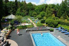 Kan jij tot rust komen aan ons zwembad?