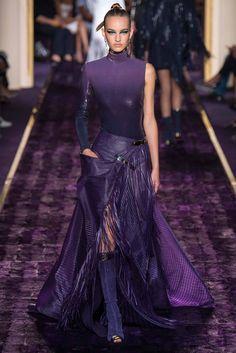 Atelier Versace Fall 2014 Couture - Collection - Gallery - Look 1 - Style.com