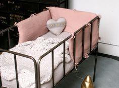 Idee deco chambre bebe tour de lit serendipity