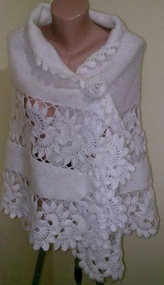 Crochet Patterns Cardigan School of knitting (hook). Discover thousands of images about Poncho forma abanico noches de verano - Patrones Crochet Crochet Cardigan Pattern, Crochet Blouse, Knitted Poncho, Crochet Scarves, Crochet Shawl, Crochet Clothes, Crochet Lace, Poncho Shawl, Crochet Afgans