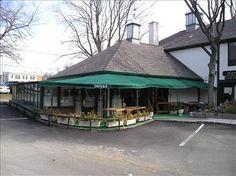 Tavern on the Plaza- good pub in locust valley
