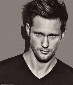 Alexander Skarsgaard, wow! FFS !! Just need 1 minute with him, just 1!