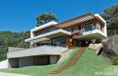 Modern Exterior House Designs, Dream House Exterior, Modern House Design, Building Design, Building A House, 30x40 House Plans, Hillside House, Village House Design, Villa Design