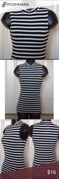 Black Ivory Stripe Top Mockneck Cute Stretchy NEW New Rue 21 Tops