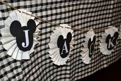 DIY Mickey Mouse banner