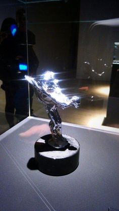 And not forgetting the Spirit of Ecstasy #InsideRollsRoyce  Img by carwitter @car_witter