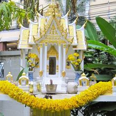 Thai spirit house - I love the painted ones!