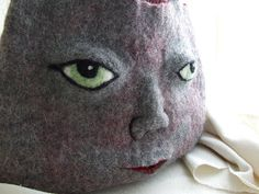 """Found this incredible needlefelted """"Venus"""" by Stephanie Metz who lives and works out of San Fransisco. She is a sculptor who works in need. Felt Purse, San Fransisco, Needle Felting, The Incredibles, Purses, Animals, Venus, Faces, Dolls"""