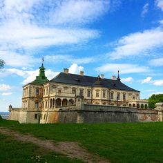 ЛУН.ua — Самые красивые замки Украины: карта, описание, фото