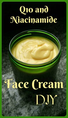 DIY for a great Spring Cream with and niacinamide! Diy Lotion, Handmade Cosmetics, Skin Food, Beauty Recipe, Diy Skin Care, Skin Cream, Lotions, Diy Beauty, Moisturizer