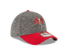 ad19614c1e0 Buccaneers Men s 39Thirty 2016 Draft Red Bill Cap by New Era