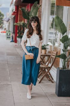 Los Angeles Style Blogger wearing Target Culottes and Reformation Top