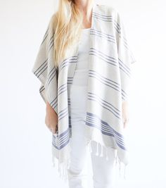 Beach wear cover up that is effortless and chic. Our New Linen Kimono made of 50% linen and 50% cotton has a soft but durable touch you will want to wear all day. One size fits most.