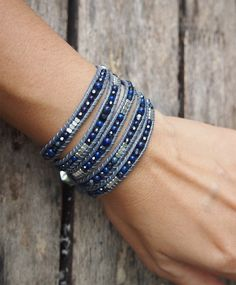 5 times wrap bracelet is made with semi precious stone, crystal, nugget beaded on grey cord. ✧ Mix include : Lapis, Crystal (4mm, 3mm) ✧ Length : 82cm with adjustable. ✧ Closure : Button ✧ Fits a 6 to 7 inch wrist wrapped 5 times. PLEASE NOTE : The handcrafted nature of this product will