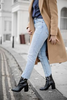 An Ode To Straight Leg Jeans & How To Find Your Perfect Pair – The Anna Edit