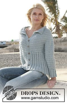 """In the Wind - DROPS jacket in cable pattern and garter st with raglan sleeve in 2 threads """"Alpaca"""". - Free pattern by DROPS Design Knitting Patterns Free, Knit Patterns, Free Knitting, Crochet Woman, Knit Crochet, Top Pattern, Free Pattern, Pull Torsadé, Drops Design"""