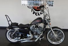 2013 Harley Davidson SPORTSTER SEVENTY-TWO XL1200V, Price:$8,995. Arlington, Texas