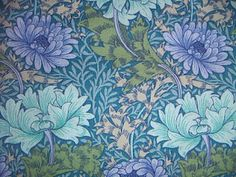 Sanderson print of William Morris' 'Chrysanthemum'. Sanderson bought a lot of William Morris designs from his estate and faithfully reproduced them for years. William Morris Patterns, William Morris Art, Zentangle, Art Nouveau, Art Deco Wallpaper, Wallpaper Ideas, Hd Wallpaper, Blue Tapestry, Art And Craft Design