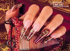 Diseño en uñas (nails): Una huella imborrable en tus manos Trabajo de: Organic Nails Técnica: Nichme Morales / PRO MASTER ORGANIC® NAIL Técnica: Escultural Retoque en: 3 semanas Nivel de trabajo: Avanzado Evento: Graduaciones