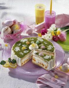 Österliche Zitronen-Joghurt-Torte