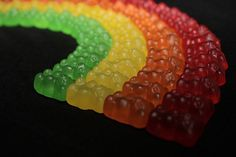 Rainbow of Gummy Bears Rainbow Food, Taste The Rainbow, Rainbow Things, Rainbow Stuff, Rainbow Colors, What's My Favorite Color, My Favorite Things, Fish Candy, Tumblr