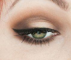 Simple light brown makeup look
