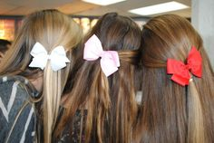 I absolutely love bows! I wore one that I made out of wired ribbon and some of the older girls on my bus started wearing them! Trendsetter!
