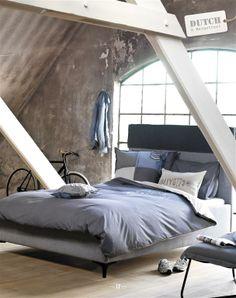 Beautiful bedroom and writing room...