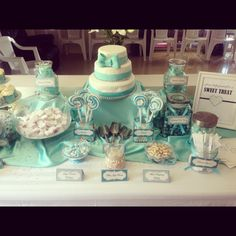 Tiffany blue candy buffet and cake! Tiffany Theme, Tiffany Party, Tiffany Wedding, Tiffany Blue, Tiffany Engagement, Blue Candy Table, Blue Candy Bars, Buffet Set Up, Tiffany Baby Showers