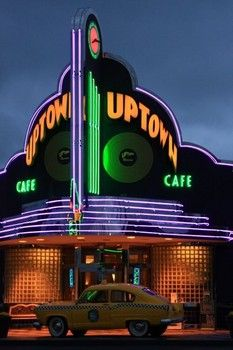 Uptown Cafe, Branson, Missouri http://www.examiner.com/article/googie-architecture-provides-opportunity-for-photographers