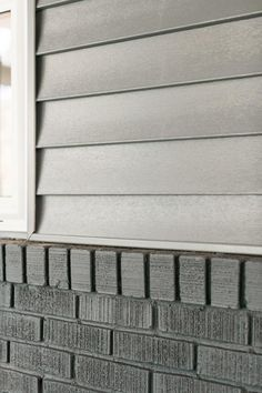 From wood shake to asphalt shingles, roofing material is an important consideration that contributes to the overall look and style of your home.