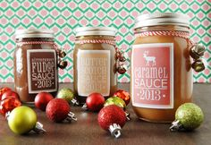 Easy last minute DIY gift for the ice cream lovers on your list, which is , basically, everyone.  Recipes for hot fudge, butterscotch and caramel ice cream sauce, plus printable labels for your jars.