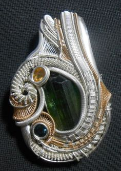 ©TangledUpInBlue #wirewrap #jewelry #wirewrapjewelry