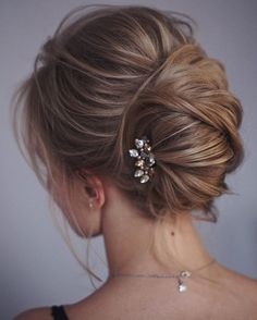"#OMG: ""This french twist #Updo #Hairstyle's perfect for any wedding venue - This stunning wedding hairstyle for long hair is perfect for wedding day,wedding hair."""