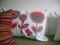 almohadones pintados