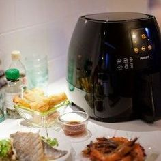 Shop Philips Avance Collection Digital Air Fryer XL Ink Black at Best Buy. Find low everyday prices and buy online for delivery or in-store pick-up. Philips Airfryer Xl, Air Fryer Deals, Philips Air Fryer, Large Air Fryer, Air Fryer Review, Best Air Fryers, Hand Blender, Tasty, Yummy Food