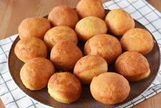 Pretzel Bites, Hamburger, Cheesecake, Peach, Sweets, Bread, Homemade, Baking, Desserts
