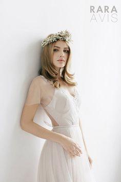 Rara Avis Wedding Dress